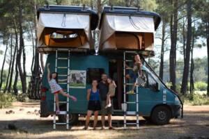 Tente de toit et véhicule aménagé